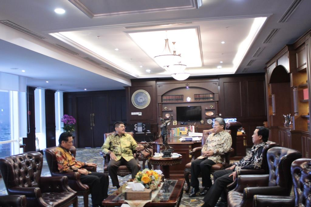 KETUA MAHKAMAH AGUNG MENERIMA KUNJUNGAN KEHORMATAN DUTA BESAR REPUBLIK INDONESIA UNTUK KERAJAAN NORWEGIA